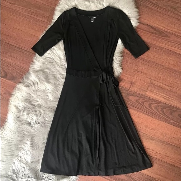 ae4d4bcb4f1 H M Dresses   Skirts - H   M Black Jersey Knit Belt Wrap Dress